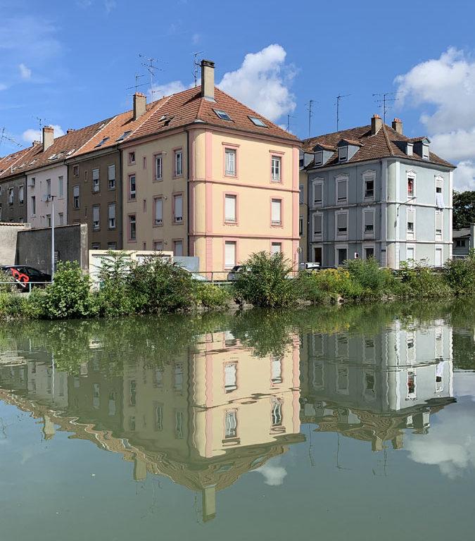 Huisjes aan het kanaal Rhone - Rijn
